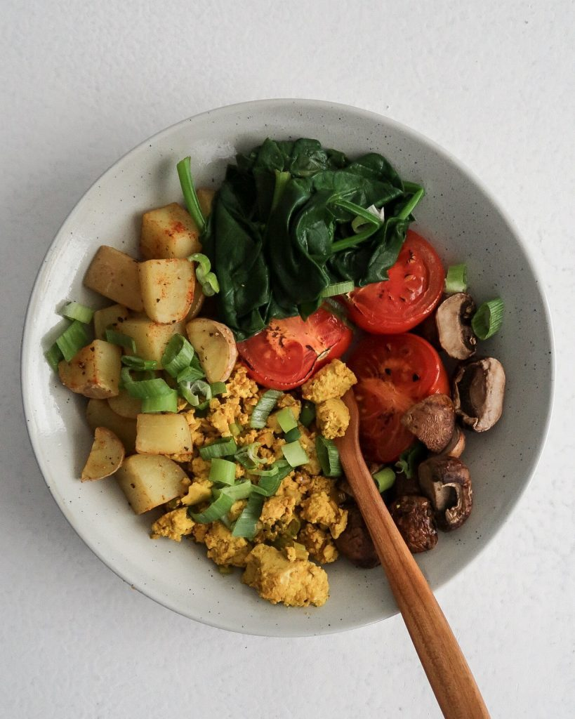 tofu breakfast scramble bowl